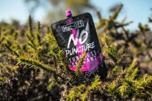 MUC-OFF No Puncture Hassle Tubeless Sealant Pouch Only 140 ml – Tubelessvätska